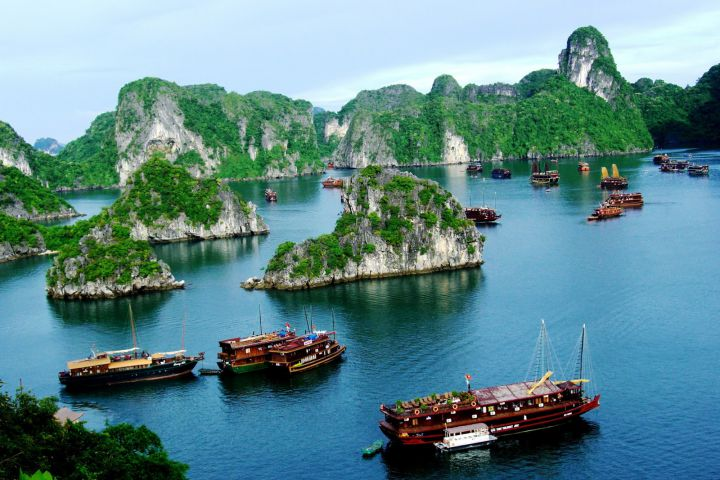 Ha Noi - Ha Long Bay 4 Days Trip